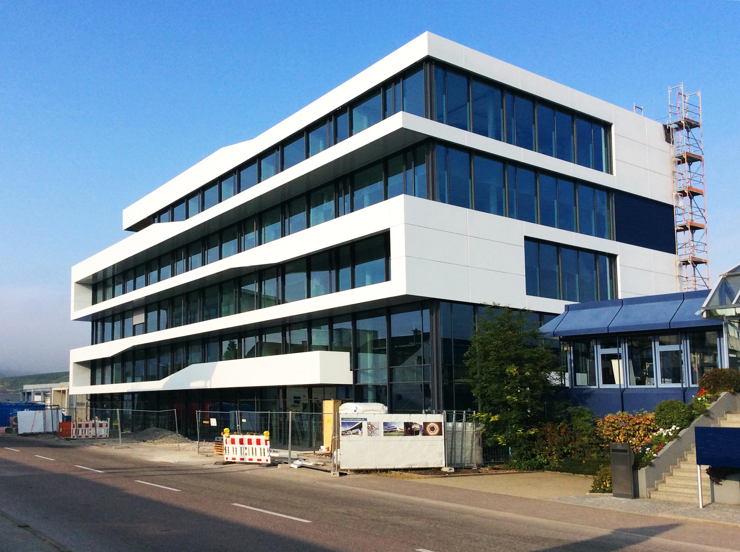 Neubau eines Verwaltungsgebäudes – KMB PLAN | WERK | STADT | GMBH